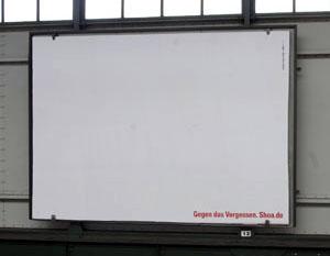 Kampagnenstart mit weißen Flächen.