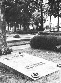 Tucholskys Grab auf dem Friedhof Mariefred bei Gripsholm.